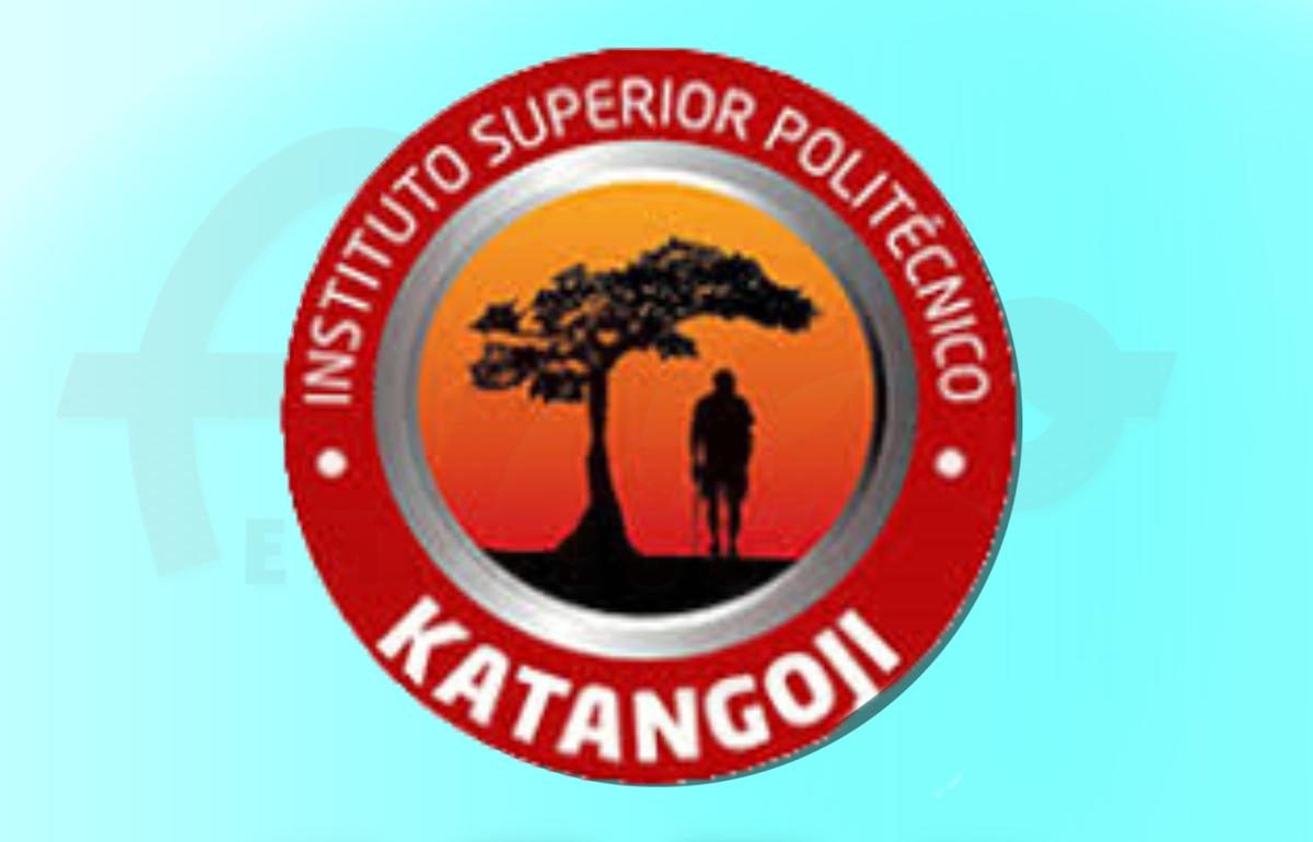 Recruta-se Secretária de Direcção de Cooperação e Extensão Universitária